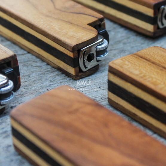 Souvenir-Kerajinan-tempat-Case-kasing-korek-api-diproduksi-Laser-Kayu-Jati-Sono-Jepara-Indonesia