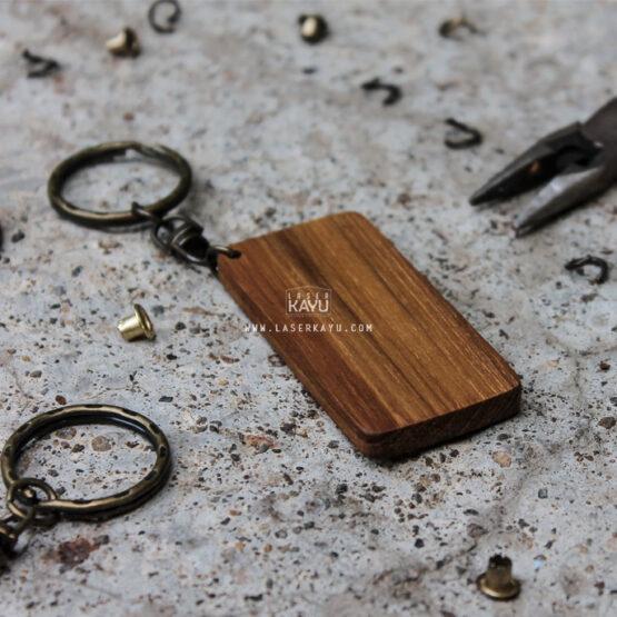 Bahan-Souvenir-Gantungan-Kunci-Kayu-Jati-Murah-untuk-Laser,-sablon-dan-aksesoris-Ring-tembaga-murah