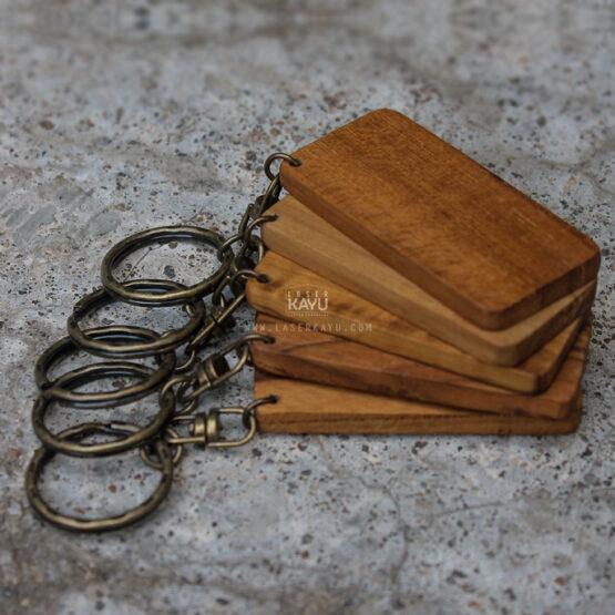 Bahan Souvenir Gantungan Kunci Kayu Jati untuk Laser, sablon dan aksesoris Ring tembaga