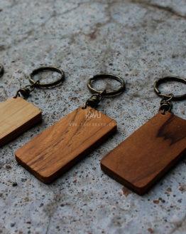 Bahan Souvenir Gantungan Kunci Kayu Jati untuk Laser, sablon dan aksesoris Ring tembaga murah