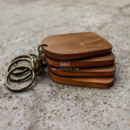 Souvenir-Kerajinan-Bahan-Kayu-Jati-gantungan-kunci-terbaik-pernikahan-komunitas-gathering-hotel-resort-bali-indonesia