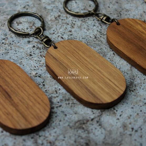 bahan-kerajinan-souvenir-gantungan-kunci-ouval-murah-kayu-jati-terbaik-jakarta,-bandung