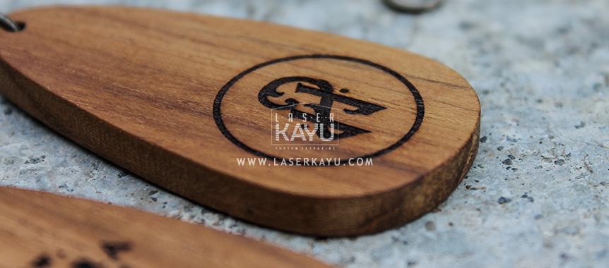 Merchandise-Laser-Kayu- promosi souvenir Perusashaan Jepara-Hari-Ini-Custom-Kerajinan-Kayu-Jati-Detail engraving Jawa-Sumatera- Kalimantan Indonesia