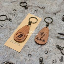 Merchandise-Souvenir-Laser-Kayu-Jepara-Hari-Ini-Custom-Kerajinan-Kayu-Jati-Indonesia