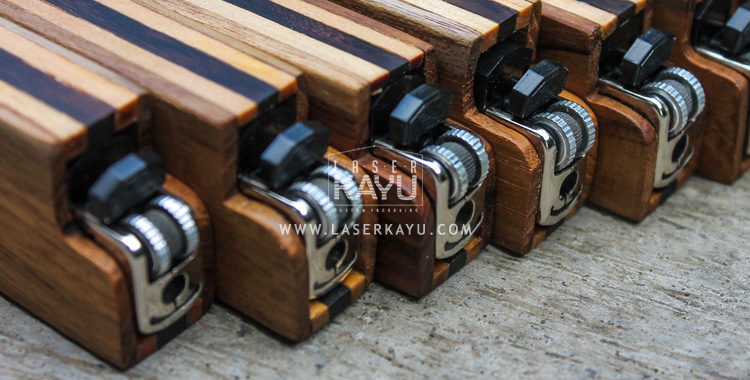 Tempat-Case-casing-Korek-Api-gas-Kayu-custom-laser-Kayu-Jati-Sono-Jepara-Indonesia