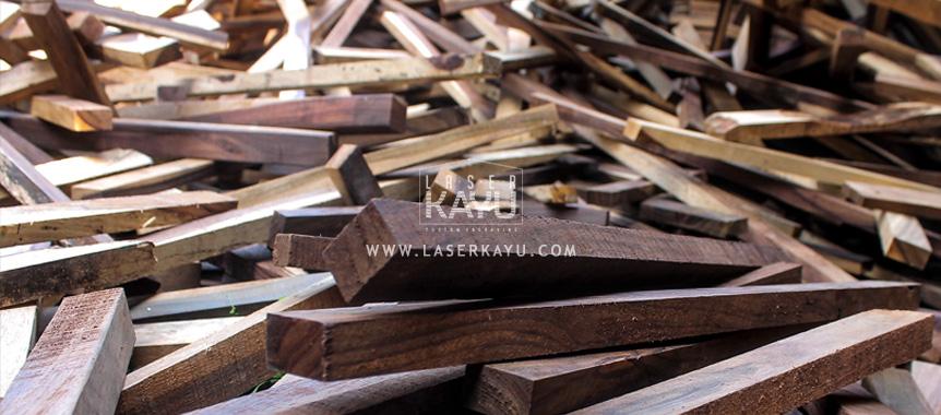limbah-kayu-sono-untuk-souvenir-kerajinan-Laser-Kayu-jepara-Indonesia