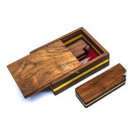Pengrajin-Kerajinan-Kotak-Kayu-Jati-tempat-korek-api-dan-perhiasan-oleh-laser-kayu-Jepara-Indonesia