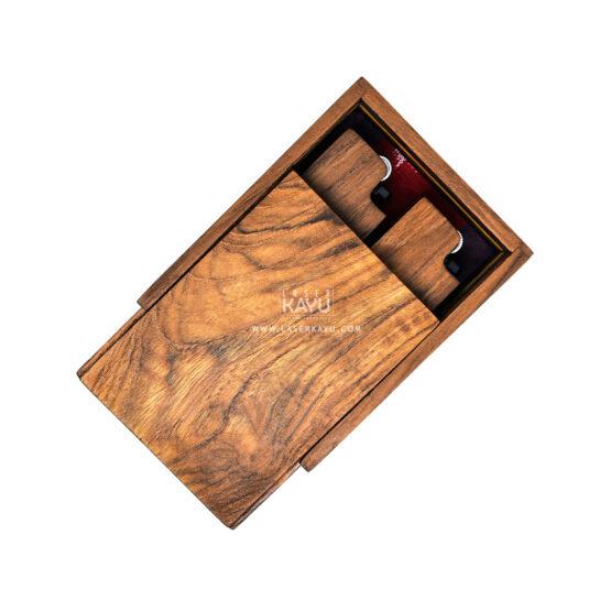 Pengrajin-Kerajinan-Kotak-Kayu-Jati-tempat-korek-api-dan-perhiasan-oleh-laser-kayu-Jepara-Tokai-Indonesia
